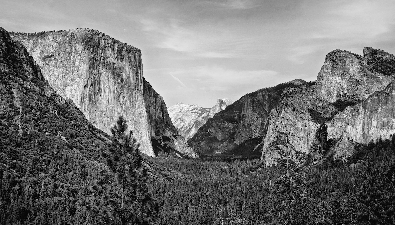 View of Yosemite Valley from El Portal
